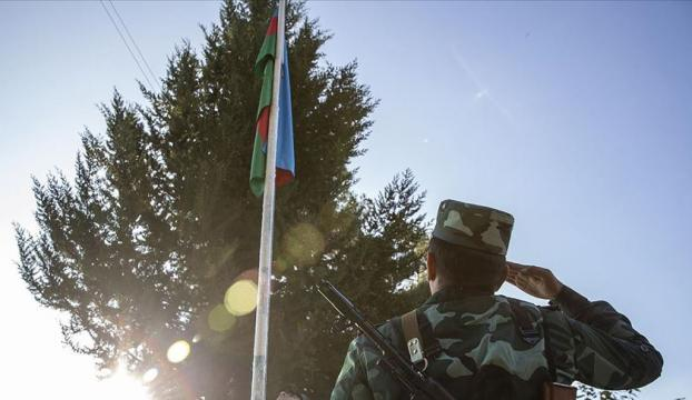 Azerbaycanlılar, Şuşanın işgalden kurtarılışını coşkuyla kutluyor