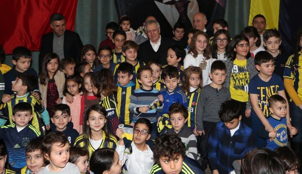 Aziz Yıldırım, Kayseride çocuklarla buluştu