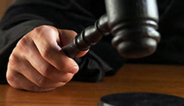 Uyurken karısını öldürdü, mahkeme kararsız