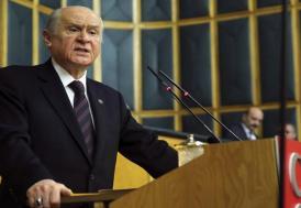 """Bahçeli : """"Bozkurt işareti Başbakanın eline yakışmış"""""""
