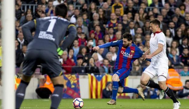 Barcelona, Sevillayı 3 golle geçti