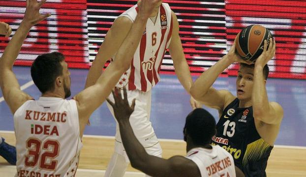 Fenerbahçe, deplasmanda Kızılyıldıza yenildi