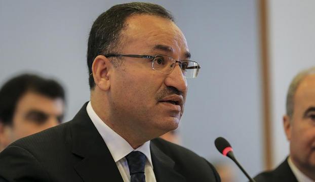 """""""Bölgedeki daha büyük katliamın önündeki büyük engel Türkiyedir"""""""