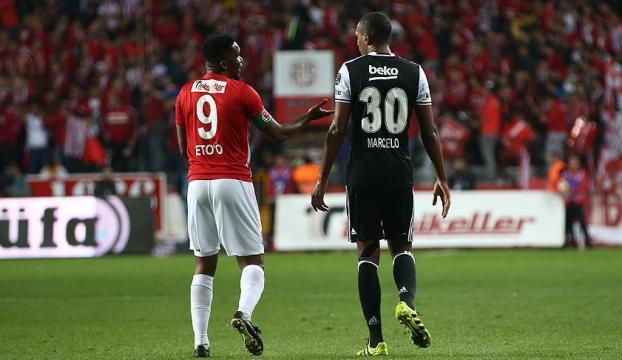 Beşiktaş Antalyada fırsatı kaçırdı!