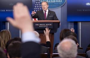 Beyaz Saray'dan bazı medya kuruluşlarına yasak