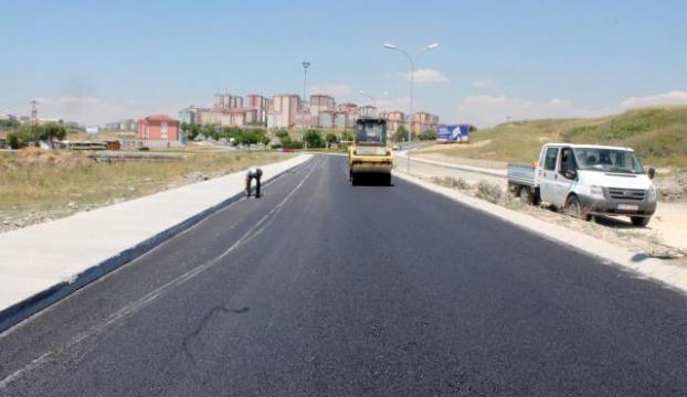 İstanbulda asfaltlama çalışmaları sürüyor