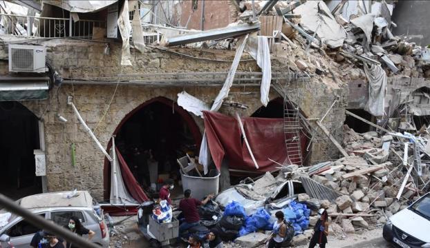 Lübnanlılar, şiddetli patlama anında yaşadıklarını anlattı