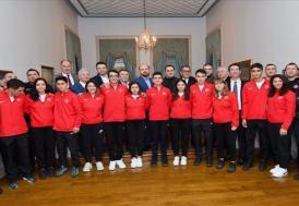 Bilal Erdoğan, Okçuluk Milli Takımı ile bir araya geldi