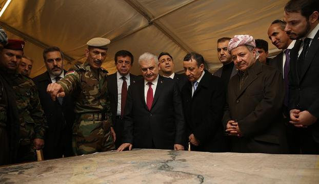 Başbakan Yıldırım Erbildeki Peşmerge cephesini ziyaret etti
