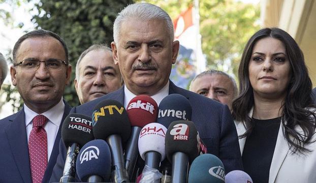 Kuzey Irak yönetimi, Barzani, bu sevdadan, bu inattan vazgeçmelidir