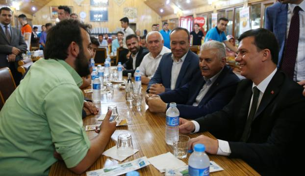 Başbakan Yıldırım Kırıkkalede düğüne katıldı