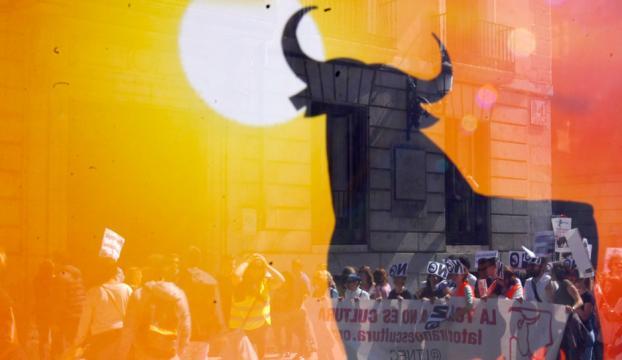 İspanyada boğa güreşi karşıtları gösteri düzenledi