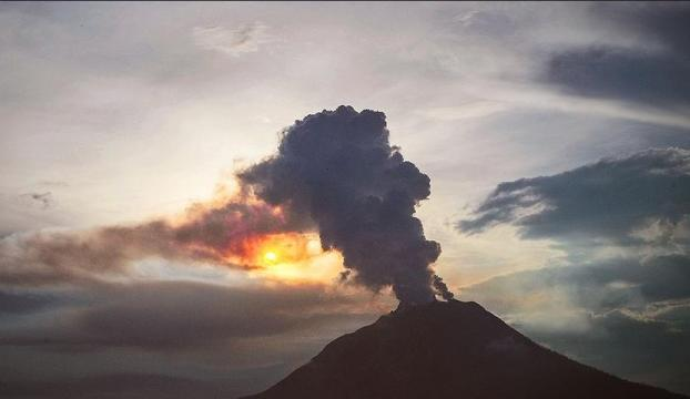 Hawaiide lavlar 117 evi yok etti