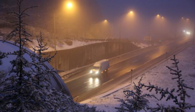 Bolu dağında kar yağışı yoğun