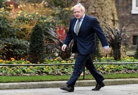 """İngiltere Başbakanı Johnson, İsrail ve Filistin'e """"acilen gerilimin düşürülmesi"""" çağrısı yaptı"""