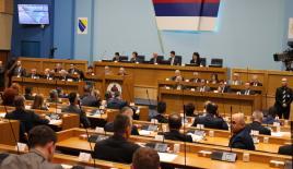 """Bosna Hersek'te """"soykırım davası"""" tartışmaları"""