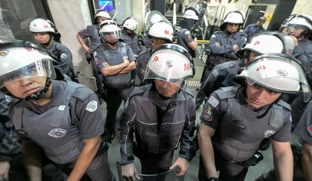 Brezilyada polis grevleri yayılıyor