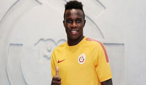 Galatasarayın bir futbolcusu daha gidiyor