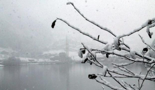 Bu kar manzaraları kartpostallık