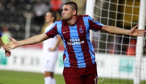 Burak Yılmaz, Trabzonsporun geçen sezonki gol sayısını geçti