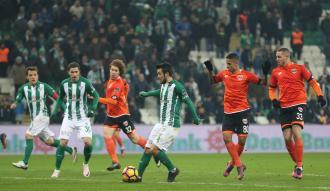 Bursaspor kendi sahasında Adana'ya yenildi