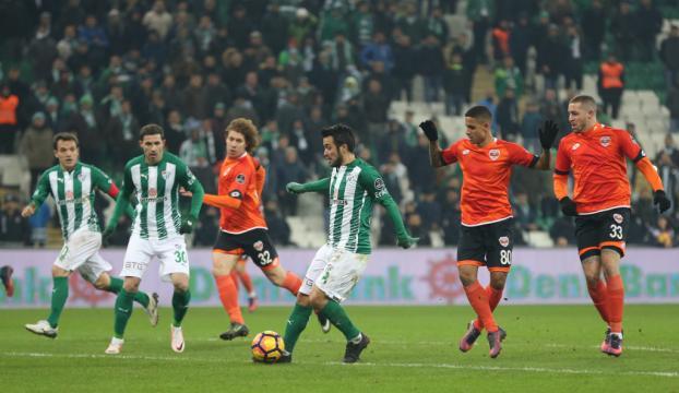 Bursaspor kendi sahasında Adanaya yenildi