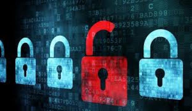 İtalyada siber casusluk merkezi çökertildi