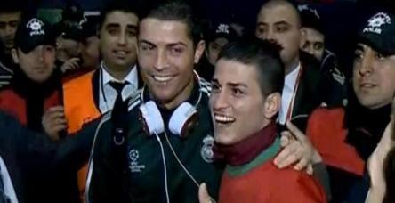 Cristiano Ronaldo, Adanalı benzeriyle tanıştı!