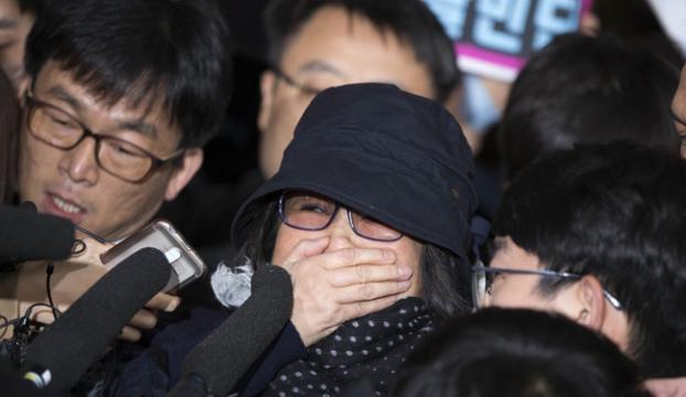 Güney Korede skandalın kilit ismi Choi ilk kez mahkemeye çıktı