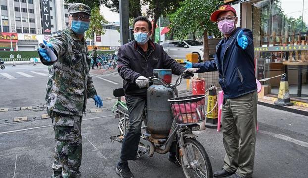 Çinde Kovid-19 salgınında can kaybı 1381e çıktı