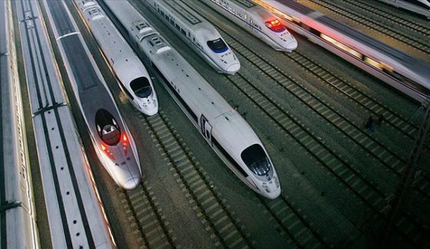 """Çinde metro yolcularına """"gayri medeni davranışlar yasağı"""""""