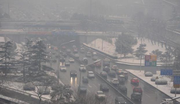 """Çinde hava kirliliği: """"Akaryakıt kalitesi tartışılıyor"""""""
