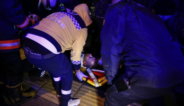 Çubuk Çayına düşen kişiyi itfaiye ekipleri kurtardı