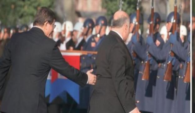 Davutoğlu: Gitme dur sayın Başbakan!