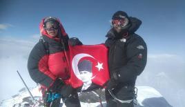 Türk dağcılar 'ilkler'e imza atıyor