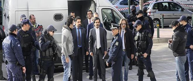Yunanistan kaçak darbecileri yine iade etmedi