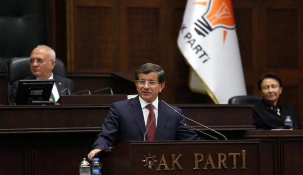 """Davutoğlu:""""Cahillerle konuşmak zor oluyor"""""""