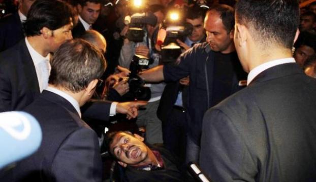 Davutoğlu, engelli vatandaşı kırmadı