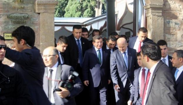 Başbakan Davutoğlu Filipinlere geldi