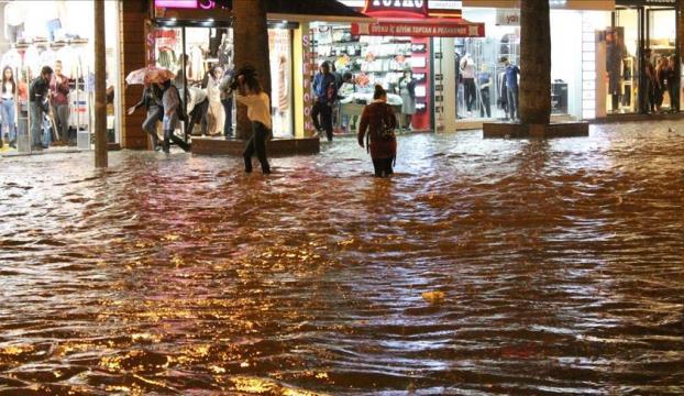 Denizlide şiddetli yağış