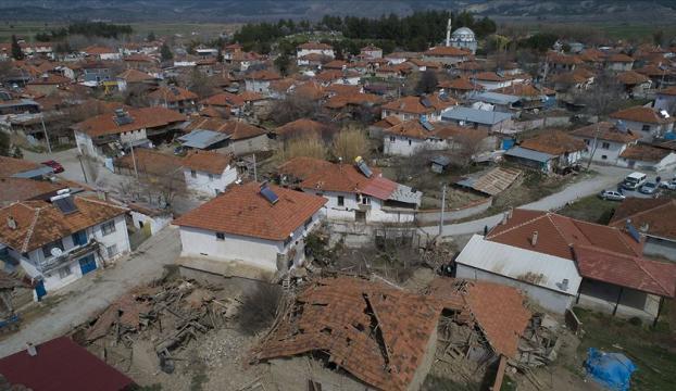 Acıpayamdaki okullara deprem tatili