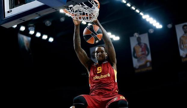 Galatasaray Odeabank, Thompsonla yollarını ayırdı