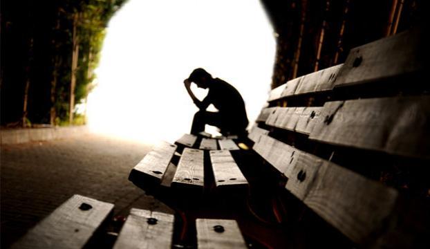 Ergenlik dönemi depresyona dikkat