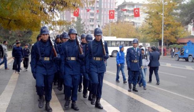 Diyarbakır sokakları bu sesle inledi