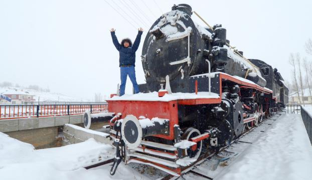 Doğu kışı yaşıyor, tam 900 köy yolu kapandı!