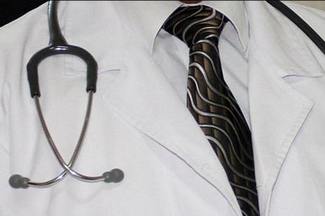 Özel hastanede çalışan doktorlar için nöbet düzenlemesi