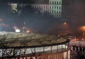 Dolmabahçe'de 'Çevik Kuvvet'e bombalı saldırı
