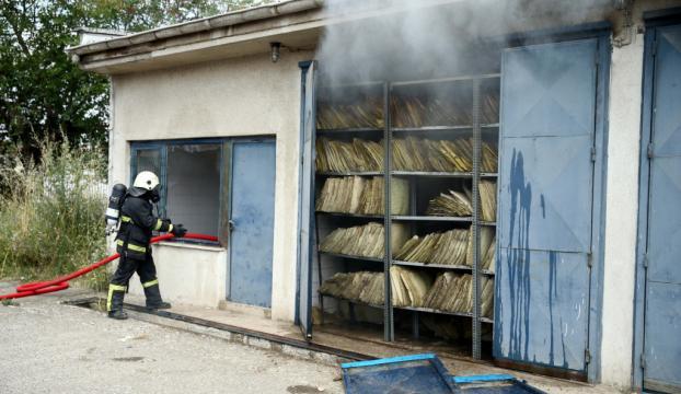 Düzcede hasta kayıtları bulunan depo yandı