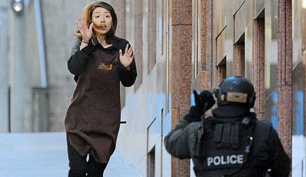 IŞİD Avusturalyada 10 kişiyi rehin aldı
