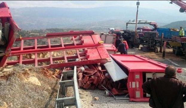 Ahtapot kaza yaptı!
